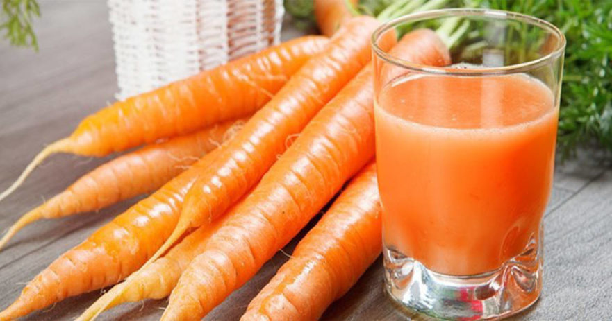 Carrot Fruit and juice